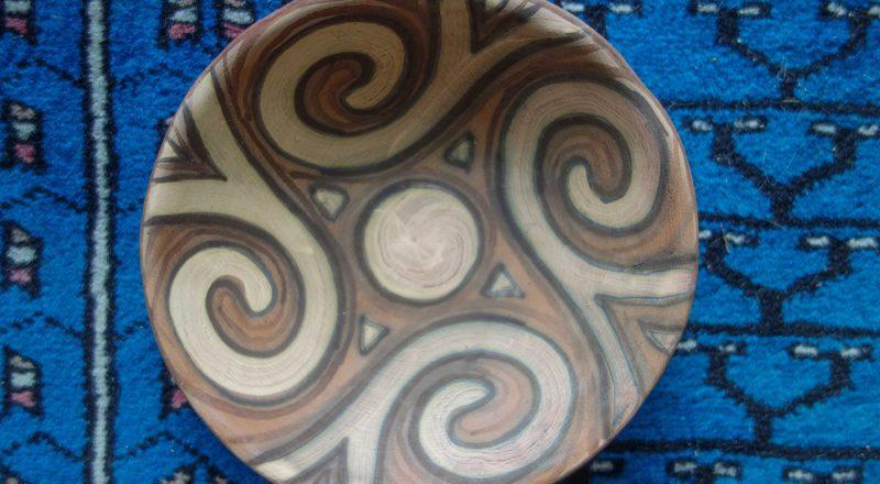 bowl-on-Indian-rug